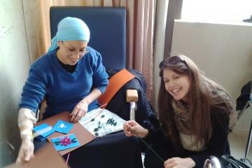 חברות הדסה בצלאל – פעילות עם המטופלים